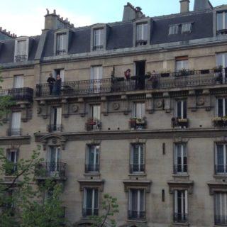 外出禁止令下のフランス