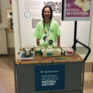 スミソニアン自然史博物館でボランティア