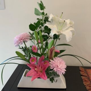巣ごもり生活の癒しは60年ぶりに再会した生け花
