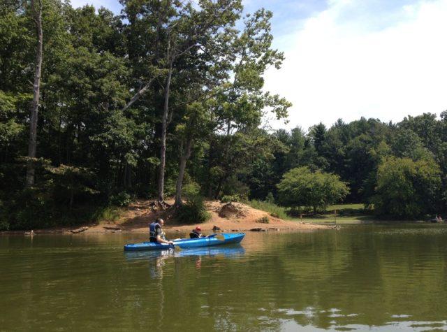 ワシントンDCから近いメリーランド州ニードウッド湖でカヤック遊び
