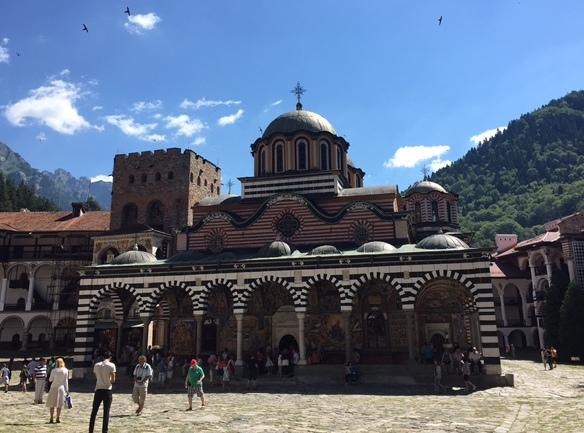 ブルガリアで最も有名な東方正教の修道院Rila Monastry