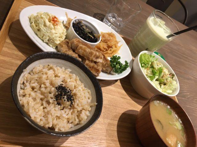 Macrobiotic dining in Fukuoka