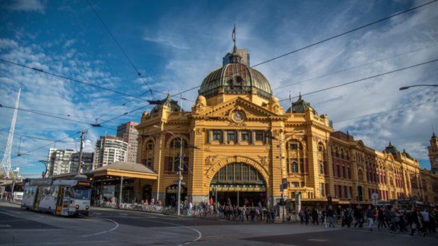 「魔女の宅急便」に出てくる列車の駅『Flinders Station』(オーストラリア・メルボルン市内)