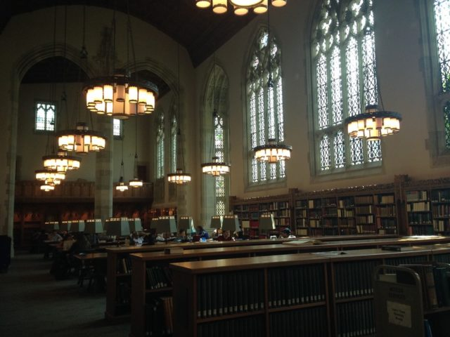 Yale大学図書館