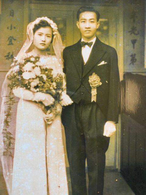 両親の結婚写真